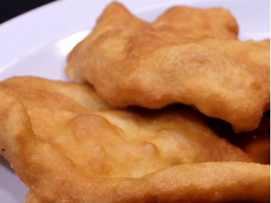 Flour patties (Hojaldras)