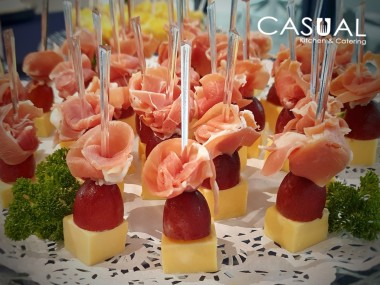 Cheese, grape and prosciutto skewer