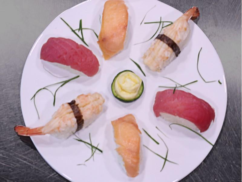 Nigiri tray